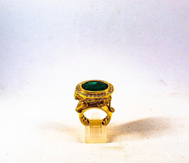 Brilliant Cut Handcrafted White Diamond Oval Cut Emerald Yellow Gold Cocktail