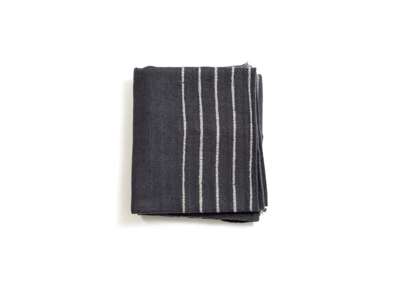 Modern  ALEI Handloom Throw / Blanket  For Sale