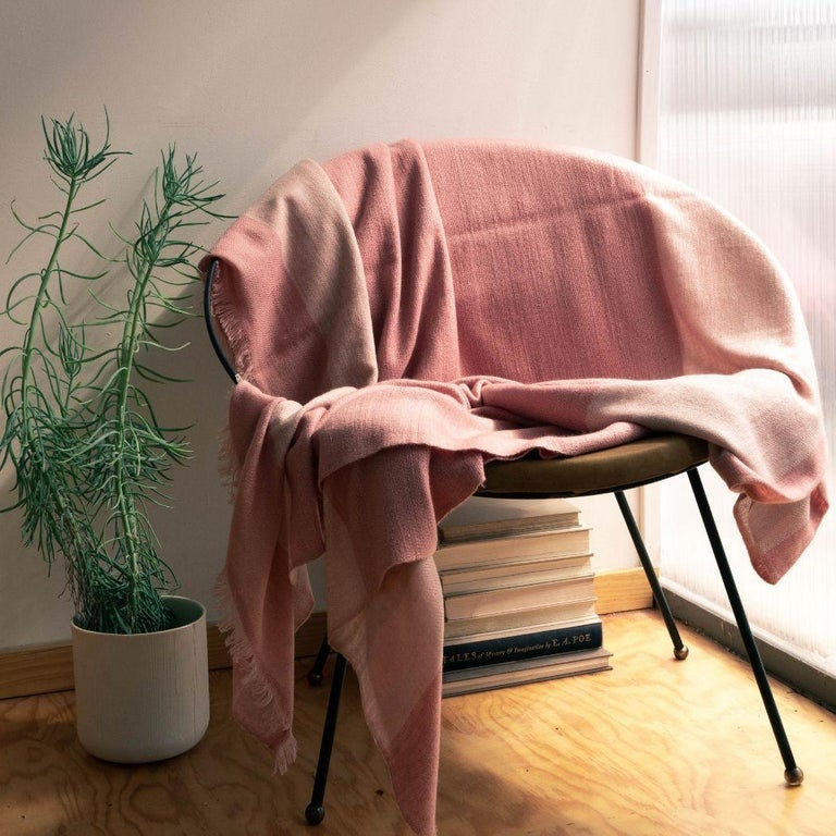 Contemporary ROSA Plush Throw / Blanket / Bedspread  For Sale