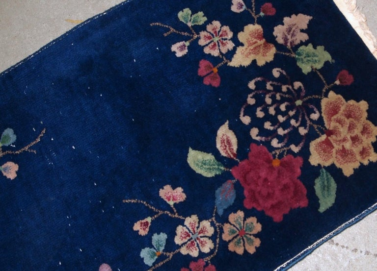 Hand-Knotted Handmade Antique Art Deco Chinese Rug, 1920s, 1B763 For Sale
