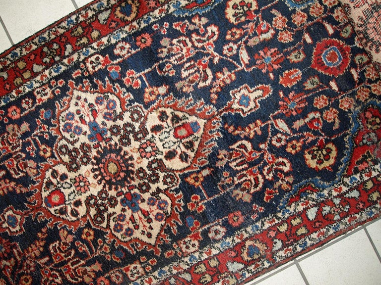 Handmade Antique Malayer Style Runner, 1920s, 1C682 In Good Condition For Sale In Bordeaux, FR