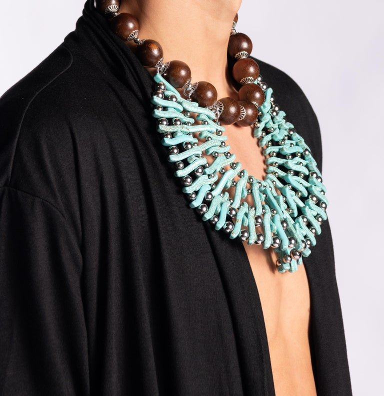 Bead Zuri Perle Handmade Apeere Wood and Howlite Necklace Necklace For Sale