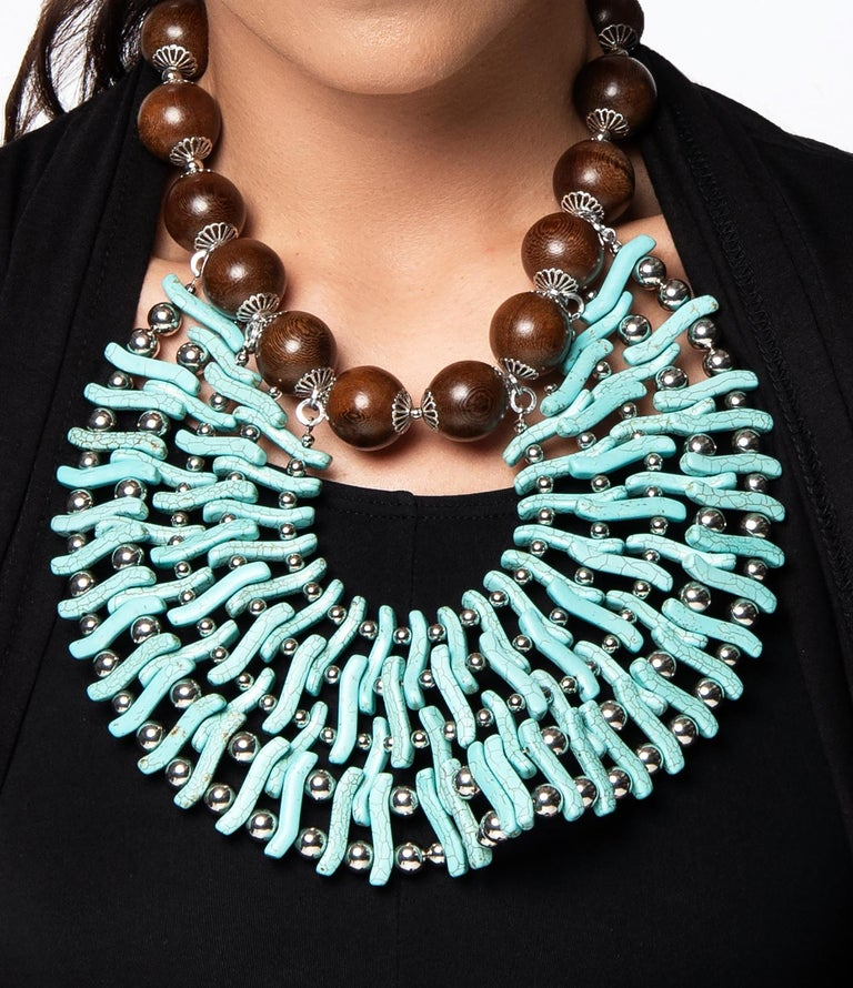 Zuri Perle Handmade Apeere Wood and Howlite Necklace Necklace In New Condition For Sale In Brooklyn, NY
