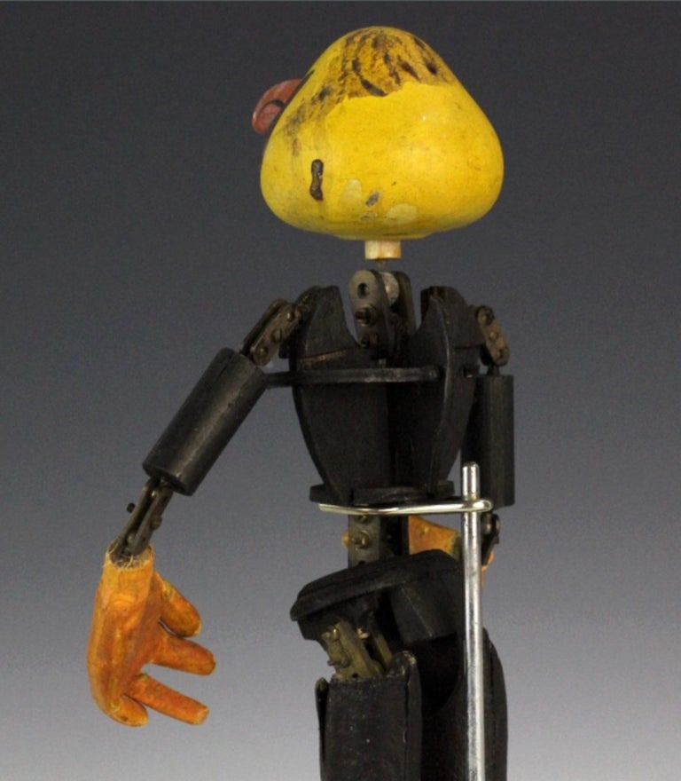 Handmade Articulated Wood Automoton Figural Doll Sculpture-Collectible Curiosity For Sale 5
