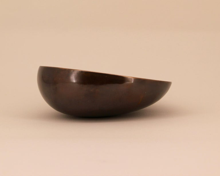 Patinated Handmade Cast Bronze Indian Bowl, Vide-Poche For Sale