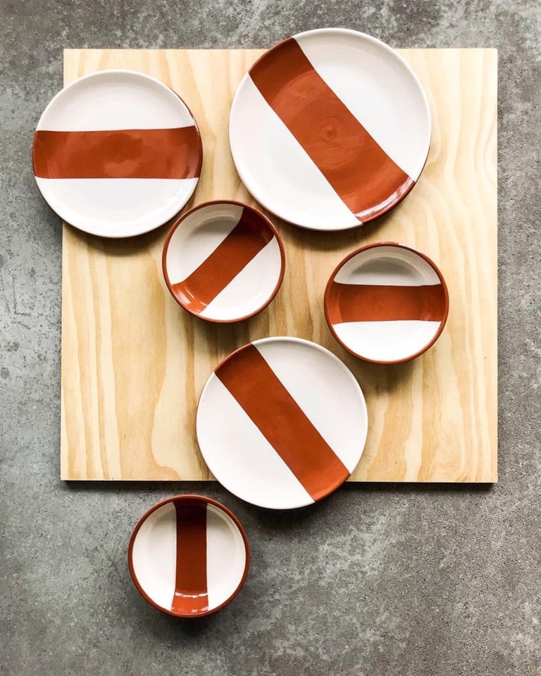 Portuguese Handmade Ceramic Rectangle Dinner Plate in Terracotta and White, in Stock For Sale