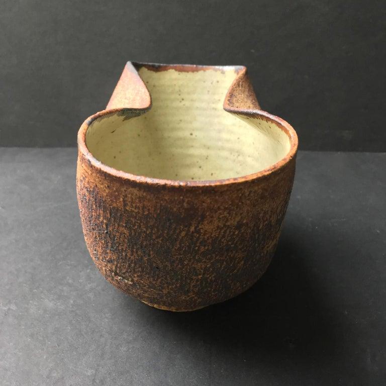 Stoneware Handmade Ceramic Vessel by Waistel Cooper, England, 20th Century For Sale