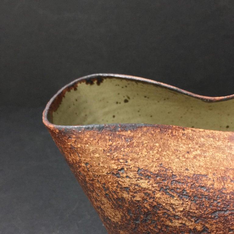 Handmade Ceramic Vessel by Waistel Cooper, England, 20th Century For Sale 1