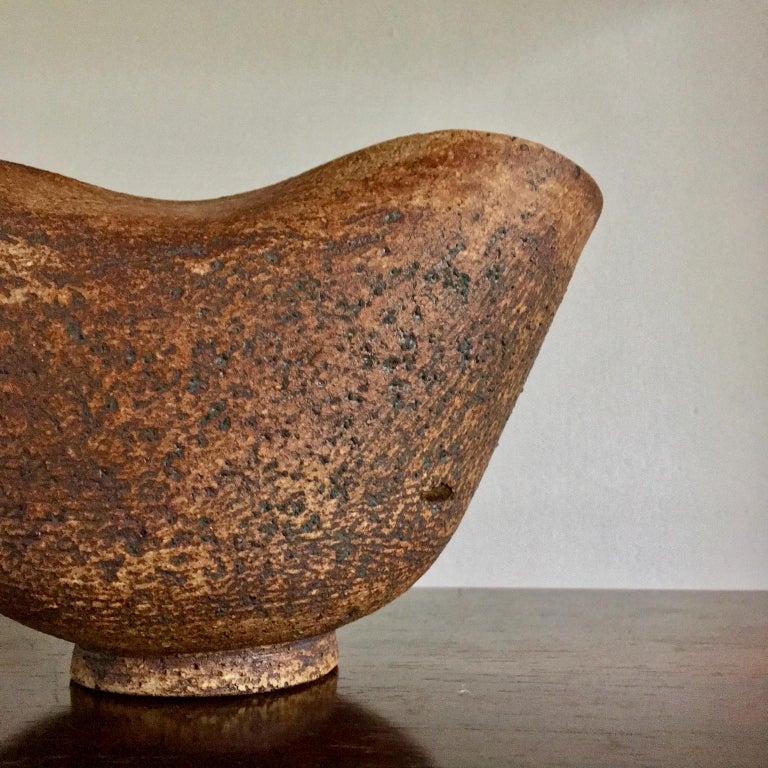 Handmade Ceramic Vessel by Waistel Cooper, England, 20th Century For Sale 2
