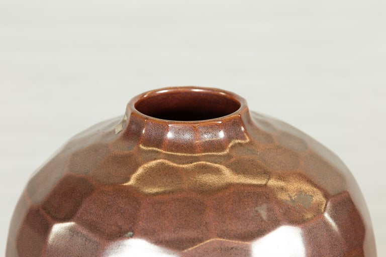 Handmade Chiang Mai Northern Thai Ceramic Vase with Faceted Tortoise Pattern For Sale 1