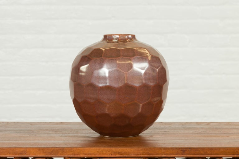 Handmade Chiang Mai Northern Thai Ceramic Vase with Faceted Tortoise Pattern For Sale 2