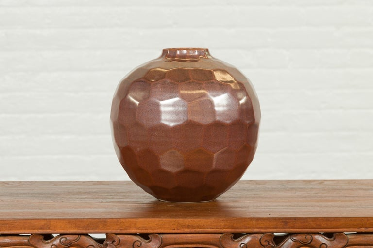 Handmade Chiang Mai Northern Thai Ceramic Vase with Faceted Tortoise Pattern For Sale 3