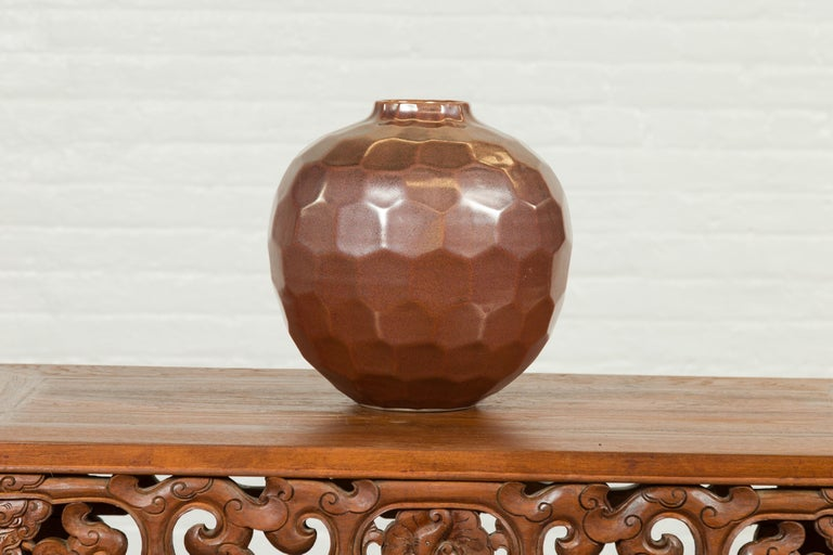 Handmade Chiang Mai Northern Thai Ceramic Vase with Faceted Tortoise Pattern For Sale 4