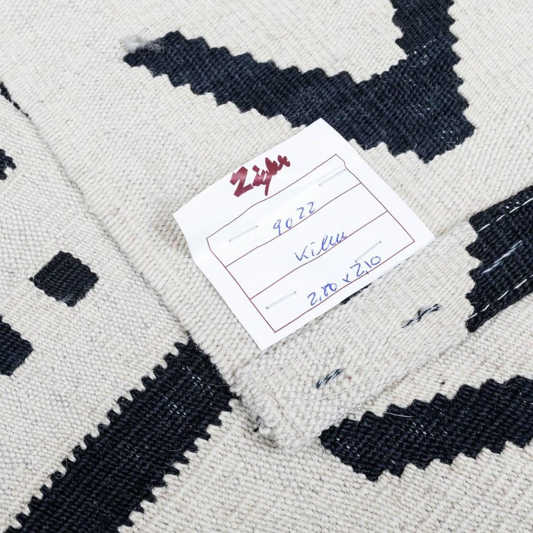 Wool Handmade Contemporary Flat-Weave Black and White Colors For Sale
