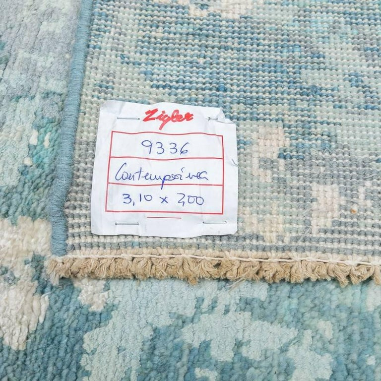 Handmade Contemporary Handmade Rug in Silk and Wool For Sale 10