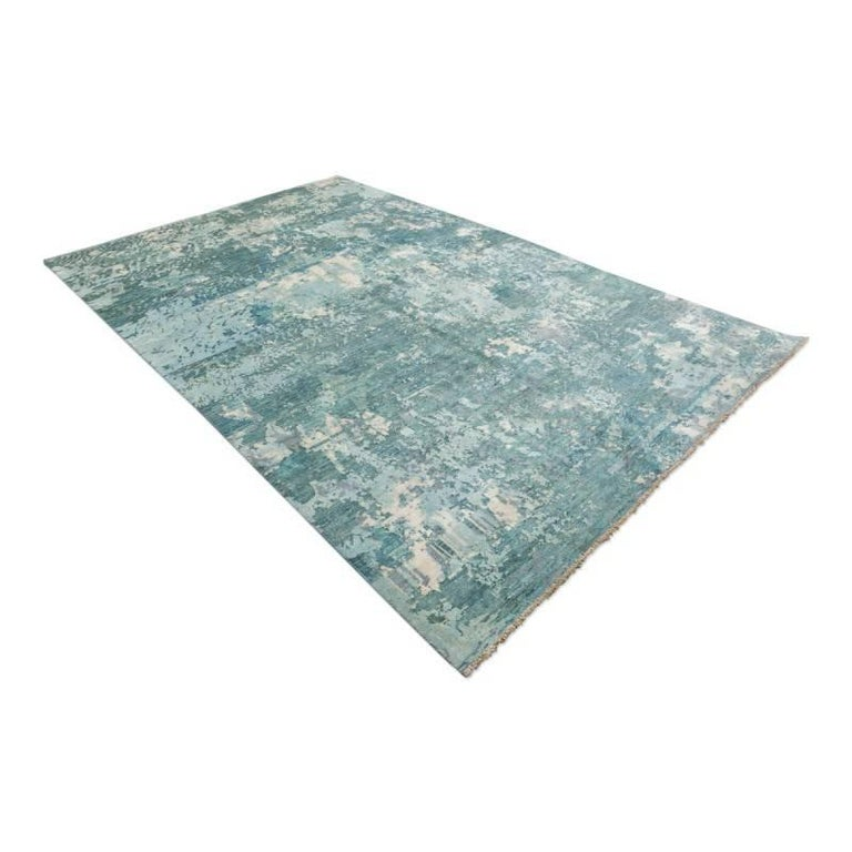 Pakistani Handmade Contemporary Handmade Rug in Silk and Wool For Sale