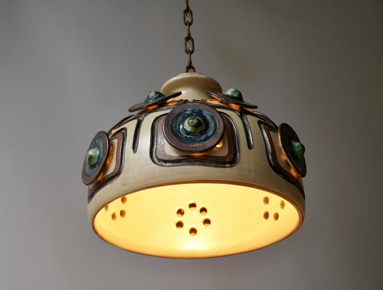 Handmade Danish Ceramic Pendant Light by Jette Hellerøe for Axella, 1970s In Good Condition For Sale In Antwerp, BE