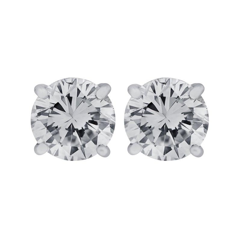 Vivid Diamonds Handmade GIA Certified 2.31 Carat Diamond Stud Earrings In New Condition For Sale In Miami, FL