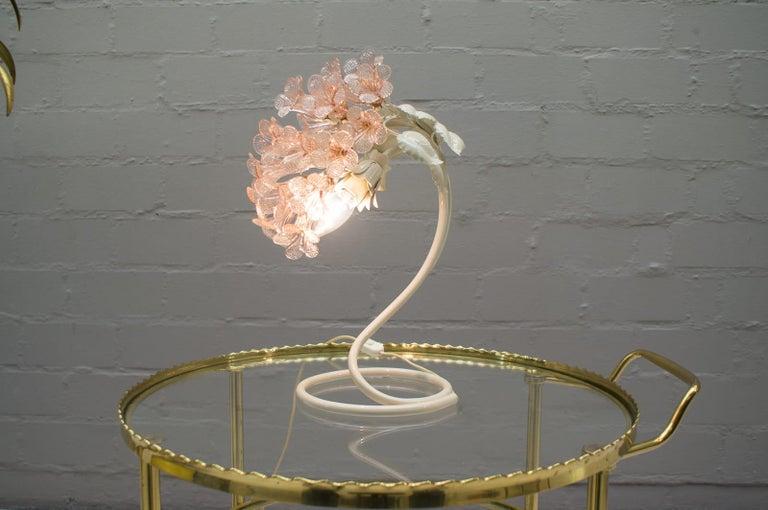 Handmade Murano Flower Blossoms Table Lamp, 1960s For Sale 2