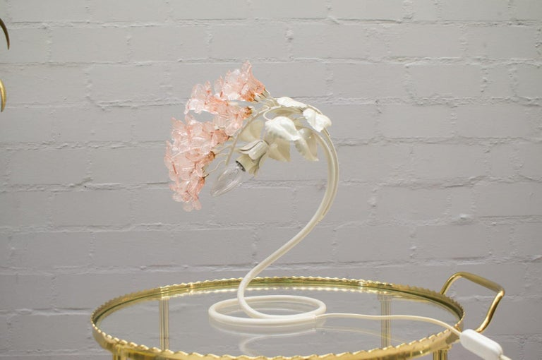 Mid-20th Century Handmade Murano Flower Blossoms Table Lamp, 1960s For Sale