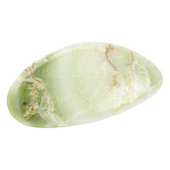 Handmade Plate in Solid Green Onyx Contemporary Design by Pieruga Marble, Italy