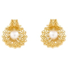 Handmade Portuguese Filigree 19 Karat Gold Shell with Pearl Earrings