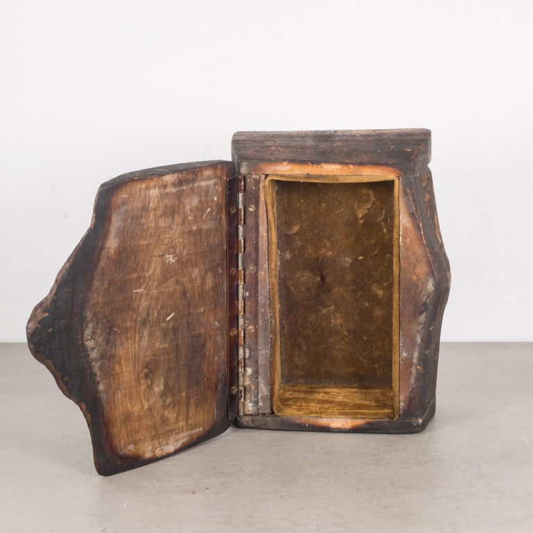 Handmade Rustic Wooden Box, circa 1940-1960 For Sale 3