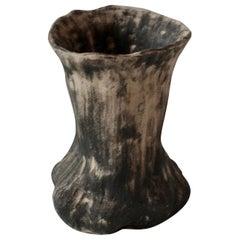 Handmade Sandstone Aleph Vase by Cécile Ducommun