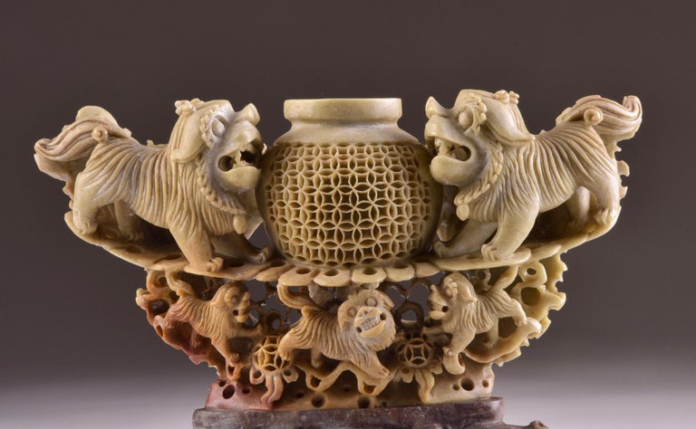 Impressive soapstone vase with foo dog figurines