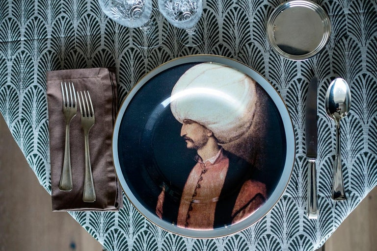 Following the path of the Ottoman history here is Sultan Suleyman portrait on a ceramic plate. The elegance and the allure of the Sultan is very well captured in this portrait and could be easily translated to your tables Handmade in Italy.