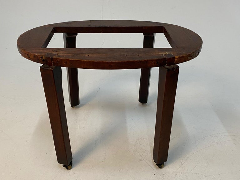 Handsome 19th Century English Georgian Style Mahogany Cellarette on Stand For Sale 3