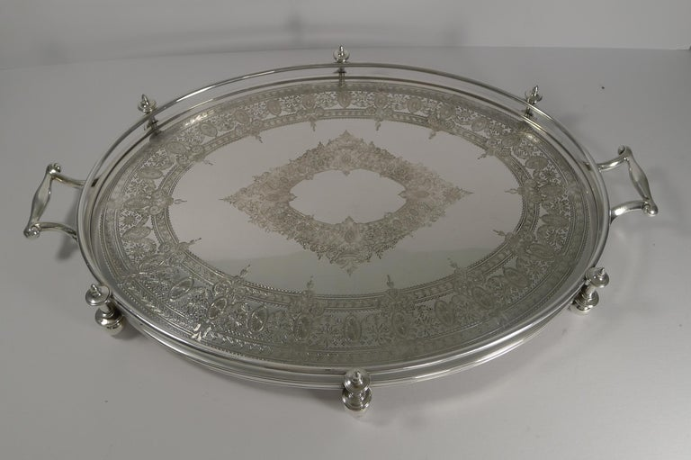 Late Victorian Handsome Antique English Silver Plated Serving Tray, circa 1890 For Sale