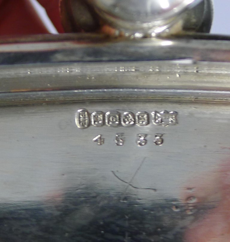 Handsome Antique English Silver Plated Serving Tray, circa 1890 For Sale 3