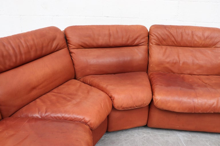 Handsome De Sede DS 66 5-Piece Cognac Leather Sectional Sofa In Good Condition For Sale In Los Angeles, CA