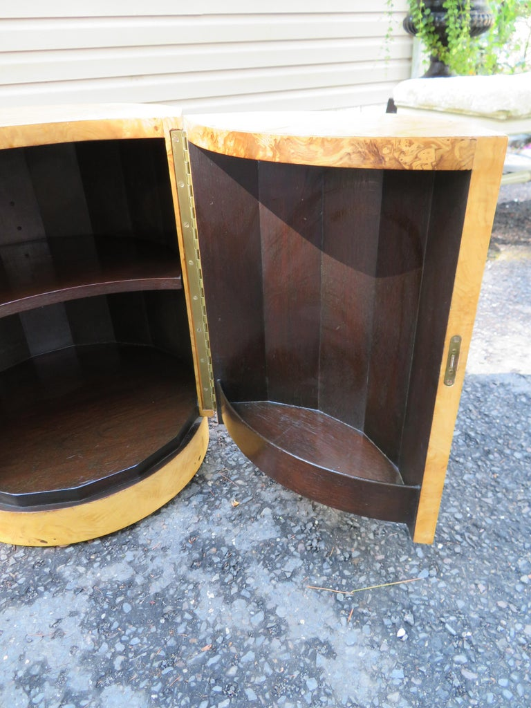 Mid-20th Century Handsome Edward Wormley for Dunbar Burl Wood Bar Cabinet End Table For Sale