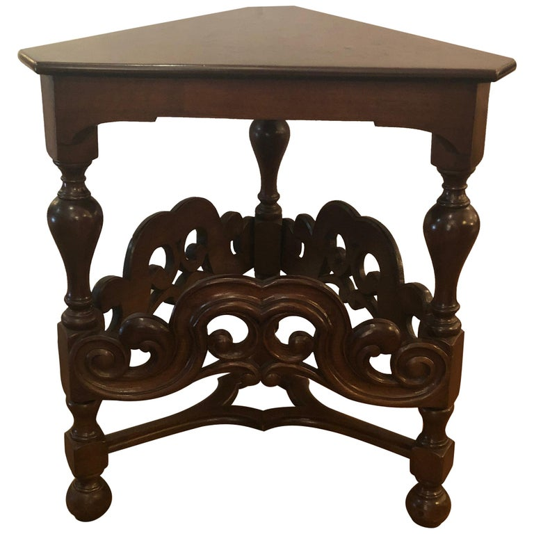 Handsome English Antique Triangular Walnut Side End Table For Sale