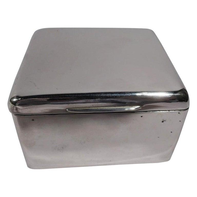 Handsome English Edwardian Sterling Silver Trinket Box For Sale