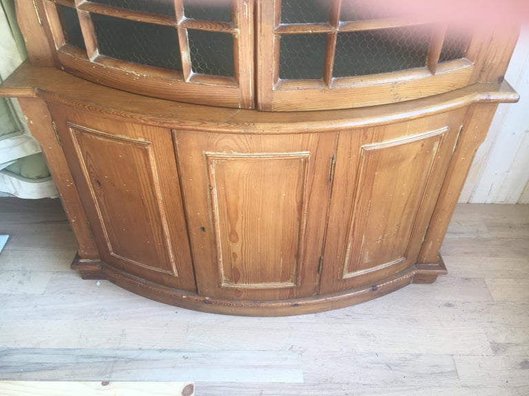 Handsome English Pine Two-Door Cabinet with Wire Mesh on Upper Doors Nice Patina In Good Condition For Sale In Buchanan, MI