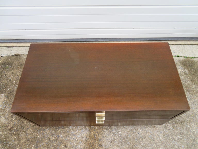 American Handsome Harvey Probber Small Chest Cabinet Nightstand Mid-Century Modern For Sale