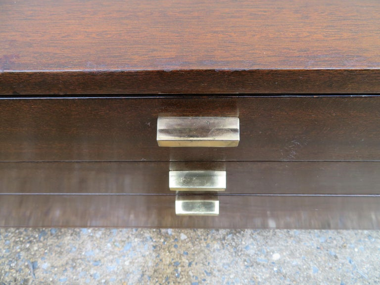 Mid-20th Century Handsome Harvey Probber Small Chest Cabinet Nightstand Mid-Century Modern For Sale