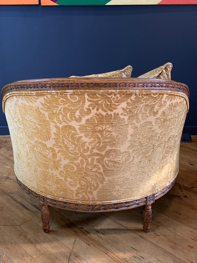 Hand-Carved Handsome John Mascheroni Bergère Lounge Chairs with Acanthus Carved Frames For Sale