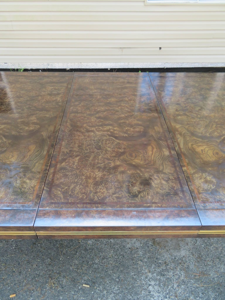 Handsome Mastercraft Amboyna Burl and Brass Parsons Leg Dining Table Midcentury For Sale 1