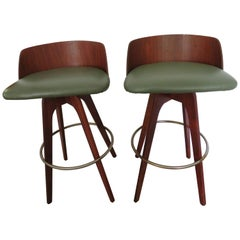 Handsome Pair Chet Beardsley Sculptural Walnut Bar Stool Mid-Century Modern