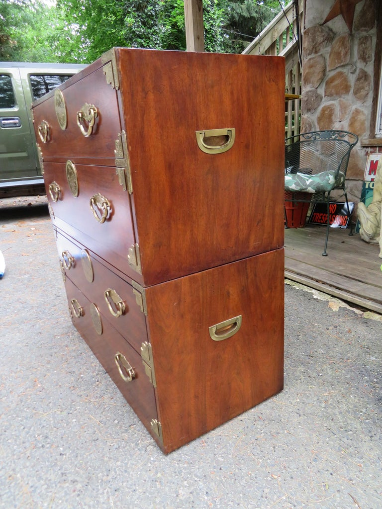 Handsome Pair of Henredon Asian Campaign Bachelors Chest, Mid-Century Modern For Sale 9