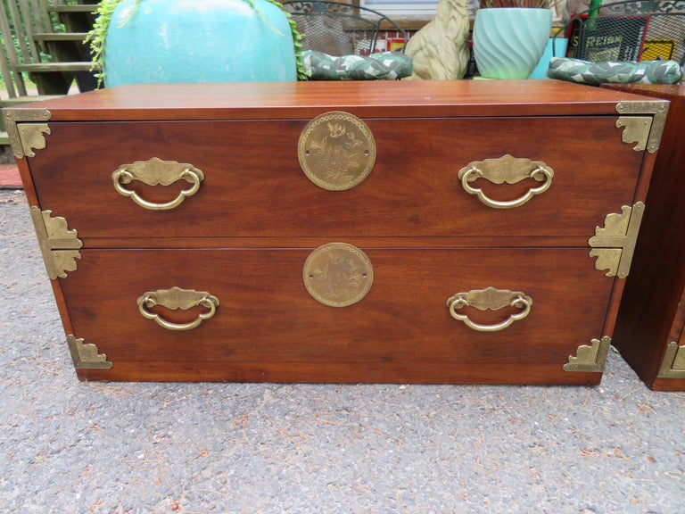 Chinoiserie Handsome Pair of Henredon Asian Campaign Bachelors Chest, Mid-Century Modern For Sale