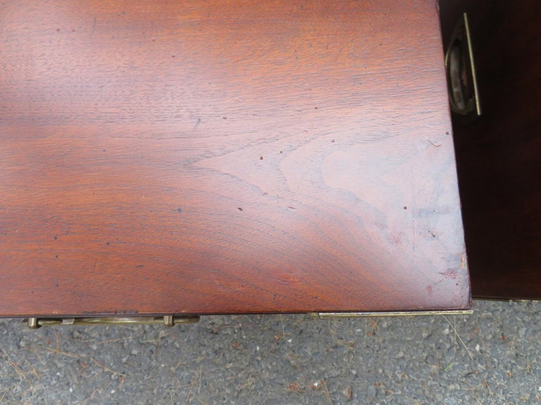 Handsome Pair of Henredon Asian Campaign Bachelors Chest, Mid-Century Modern For Sale 2