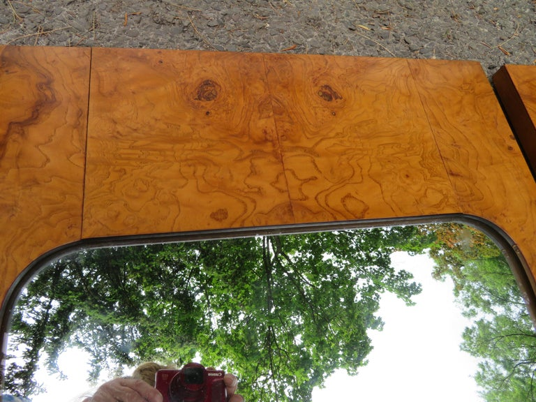 Handsome Pair of Lane Burl Mirrors Mid-Century Modern In Good Condition For Sale In Pemberton, NJ