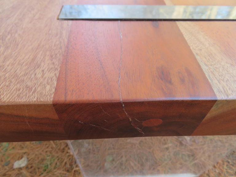 Handsome Pair of Nakashima Style Walnut Lucite Live Edge Side End Tables For Sale 1