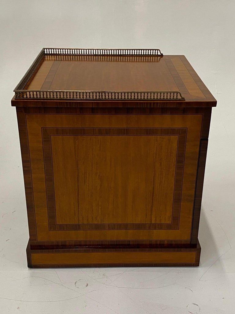 Handsome Regency Style Mahogany and Satinwood Inlay Chest Cabinet Nightstand For Sale 5