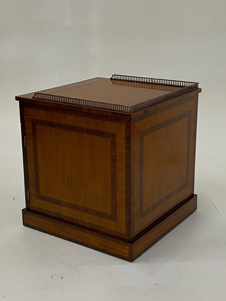 Handsome Regency Style Mahogany and Satinwood Inlay Chest Cabinet Nightstand For Sale 8
